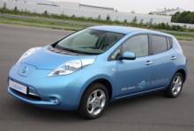 Nissan Leaf lanseras i slutet av 2010.