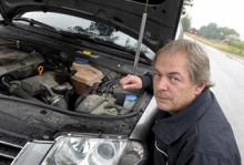 Motorn på Stefan Larssons Volkswagen Passat skar på alla cylindrar efter att verkstaden sagt okej till att köra vidare.