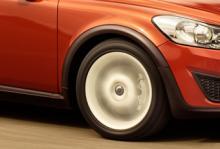 Bilfrågan: Underredsmassa mot buller?