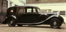 Lagonda V12 från 1939. Motorn anses vara W. O. Bentleys absolut finaste konstruktion. Åren 1937–40 byggdes 189 exemplar. Lika majestätisk som snabb.
