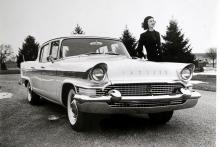 Jodå, en Packard, men byggd 1957 efter samgåendet med Studebaker, vilket syns ganska tydligt. Inte den karaktär Packard-ägarna vant sig vid.