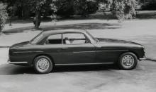 Gentleman´s Express, även känd som Bristol 411. 600 exemplar byggdes 1970–76. 6,6-litersmotor!