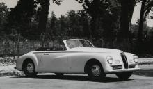 Carrozzeria Pinin Farinas första efterkrigsuppdrag för en biltillverkare kom från Bristol.