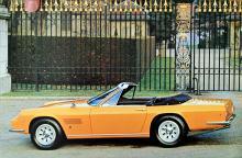 1969 presenterades den tvåsitsiga cabrioleten Monteverdi 375 C. Linjerna påminner om samtida Maserati-bilars men är vassare.