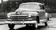 40-tals-Plymorna såg kanske inte så moderna eller kul ut, men de var pålitliga och komfortabla. I USA var Plymouth en lågprisbil men i Sverige var det fint med en riktig amerikanare.