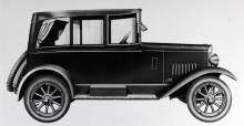 NSU-Taube byggdes 1923 och var en relativt liten bil men hade ändå fyrcylindrig motor på 25 hästkrafter och
