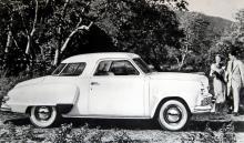 Raymond Loewys uppseendeväckande formgivning var särskilt spektakulär i coupé-utförandet – som en glasveranda! Prototypen visades 1946 och blev verklighet året därpå.