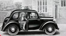 Wolseley Eight såg ut som en förkrigsbil men byggdes 1946–48. Under skalet var den en Morris.