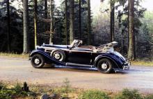 En av de mest magnifika 30-talsbilarna var Horch 853 A, här i Cabriolet A-utförande och med standardkaross. Årtalet är 1938 och antalet byggda 342.