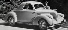 1937 kom Willys med helt nya karosser, bland annat denna coupé som påstods lämpa sig för såväl nöjes- som affärsbruk.