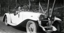 Bilkonnässören Åke Jern körde gärna Alvis före kriget och i litet modernare tid Lancia Flaminia Sport med Zagato-kaross.