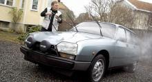 Här spolar jag av GSA-kombin en sista gång inför resan till Frankrike. Citroën skickade upp en transportbil och fraktade ned GSA:n till konservatoriet i Paris.