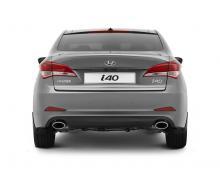 Hyundai i40 sedan.