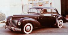 När Citroën efter kriget vägrade sälja motorer till Rosengart satsade man istället på Mercurys V8-motor i kombination med framhjulsdrift. Bara några få exemplar byggdes och visades upp på Paris-salongerna 1946–48.