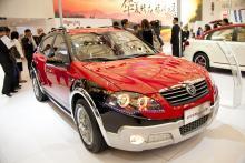 Det finns bilar för alla smaker. Kinesiska Brilliance Cross kanske också hittar köpare.