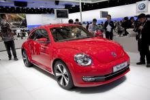 Efter 13 år och en miljon sålda bilar lanserade Volkswagen en ny Bubbla, eller Beetle som den egentligen heter. Karossen har vuxit 15 centimeter på längden och åtta på bredden, vilket gör den mer praktisk. Svenska lanseringen sker i höst.
