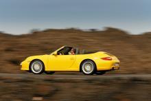 Porsche 911 Carrera Cabriolet.