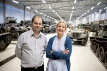 Museicheferna Stefan Karlsson och Susanna Harjula vill att det nya museet utanför Strängnäs ska handla både om teknik och om hur svenska soldater upplevde sin arbetsmiljö.