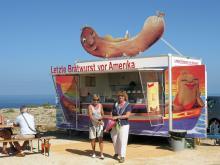 Världens ände kallas Algarves sydvästliga udde, en plats med trängsel och kommers.