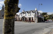Towers Hotel kompletterar det stora utbudet av Bed & Breakfasts i Glenbeigh.