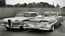 1958 års baklucka var stor som en fotbollsplan. Fronten var förmodligen den del av bilen som flest retade sig på.