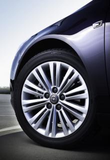 Opel Insignia 2012.