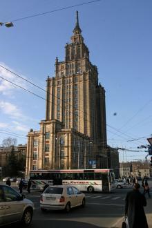 Res med färja till nygamla Riga