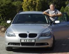 Göran Torstensson från Örebro fick bakluckan på sin BMW 520 -07 åtgärdad, men inte utan diskussioner.