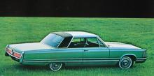 1968 års Imperial Crown Coupe hade ett vinylband över taket och en kaross ritad med linjal. 2656 ex byggdes.