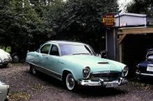 1954 års Kaiser Manhattan var kompressormatad och 140 hästkrafter stark.