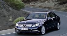 ...och Mercedes C-klass är nästan lika nöjda som Priusägarna.