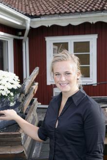 Sara Lundberg på Vrigstad Värdshus märker av ett ökat intresse för boende under helgerna då antikhandlarna håller öppet.