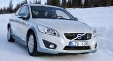 Volvo C30 Electric, en av elbilarna miljöminster Lena Ek provkört.