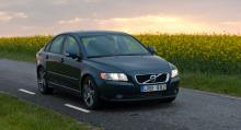 Volvo S40. Försvinner.