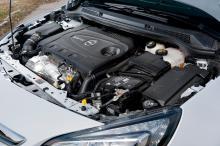 Bra skjuts, men Opel släpar efter konkurrenterna i motorkultur och bränsleförbrukningen är alltför hög.