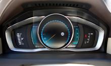 Digital instrumentering med tre olika  grafikteman och färger kom först i V40 men finns nu i nya V70 mot tillägg. ECO inspirerar till snål körstil.