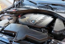 Dieselmotorn är snål och stark, men också ganska bråkig.