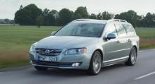 ...Volvo V70 som är fortsatt överlägsen på förstaplatsen.