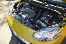Nya trecylindriga turbomotorn är tyst och stark.