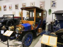 Vabis -09 gick som taxi i Bollnäs 1911-1921. Bilen återuppstod 1991 efter omfattande restaurering av Erik Örtlund, Torsång.