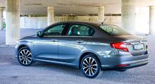 Är marknaden redo för ännu en liten sedanmodell i det så kallade c-segmentet? Till Tipos konkurrenter hör Seat Toledo och Skoda Rapid.