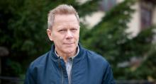 """Ulf Österbergs krockskadade bil löstes in – och såldes sedan vidare till en köpare som inte fick veta något om historiken: """"Både han och jag känner oss lurade"""". (Foto: Simon Hamelius)."""