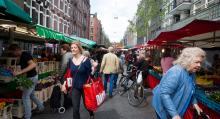 Det finns en marknad i varje stadsdel, och så några ytterligare.