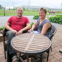 Växthusen har givit Tomatkusten dess namn, Susanne och Lars-Erik Nylund bor i Korsnäs, den mest svenskspråkiga kommunen i Österbotten.