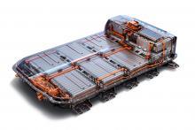 Ju större batteri desto större miljöpåverkan. I nya Opel Ampera-e väger batteriet 430 kilo och upptar hela golvet. Kapaciteten är 60 kilowattimmar. (Illustration: Opel)