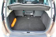 Rymligt och lättlastat bagageutrymme, en av fördelarna med Scénic.