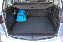 Med fem sittplatser ryms rejält med bagage – 710 liter.