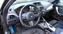 Förarmiljön är på BMW-vis både tydlig och snyggt utförd.
