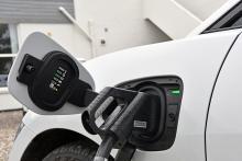 I-Pace har möjlighet att snabbladda med upp till 100 kW effekt.