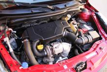 Motorerna är snåla på bränsle och har kamkedja, som sällan krånglar.